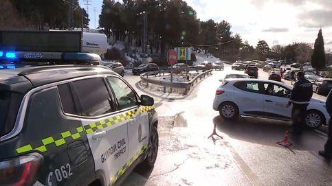 Cortados los accesos a la sierra de Madrid y 'parkings' llenos con temperaturas bajo cero