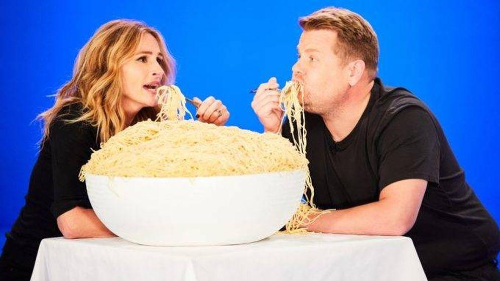 Foto: Julia Roberts y James Corden en una imagen del vídeo satírico.