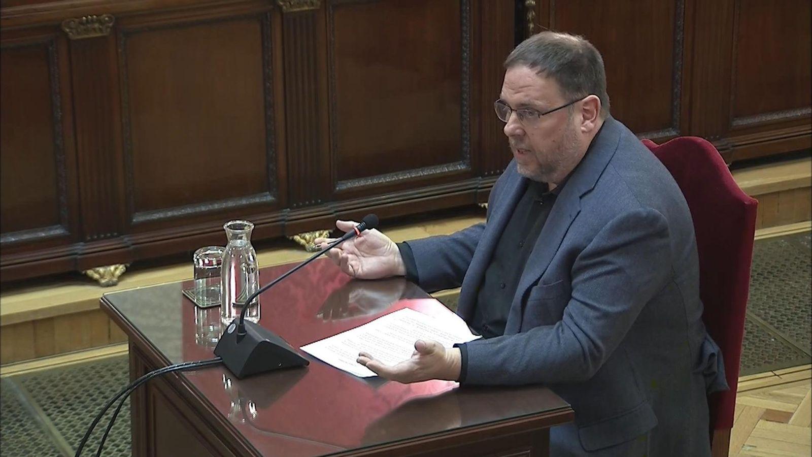 Foto: El exvicepresidente de la Generalitat, Oriol Junqueras, durante su turno de última palabra ante el TS el pasado junio. (EFE)