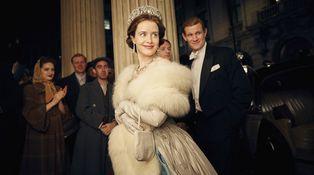 'The Crown': Isabel II pasa del papel cuché a Netflix... y parece un ser humano