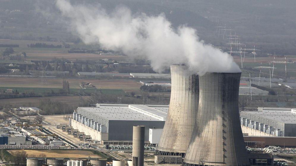 Foto: Fotografía de archivo de la planta de energía nuclear de Tricastin, en Pierrelatte (Francia). (EFE)