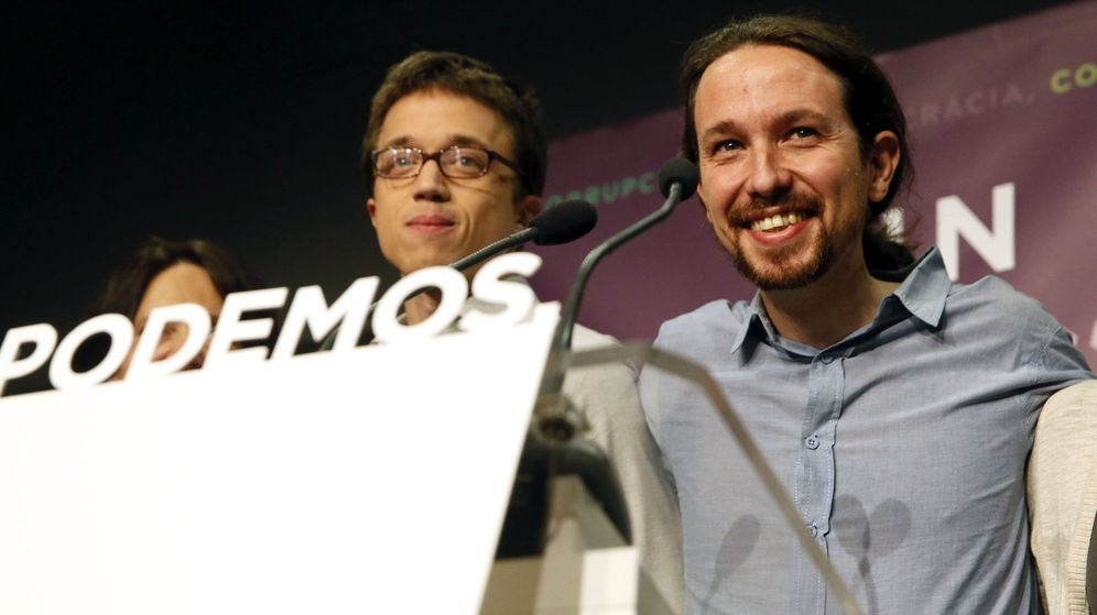 Foto: El secretario general de Podemos, Pablo Iglesias (i), y el número dos, Íñigo Errejón. (EFE)