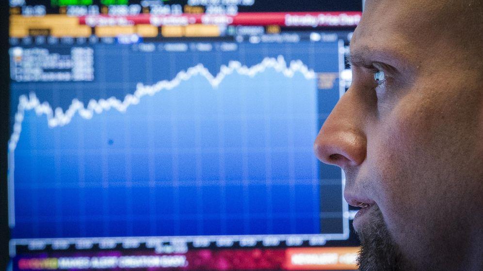 Foto: Un broker en la bolsa de Nueva York. (Reuters)