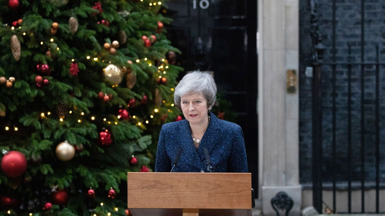 May salva la moción, pero los 'tories' no están obligados a apoyar su acuerdo del Brexit