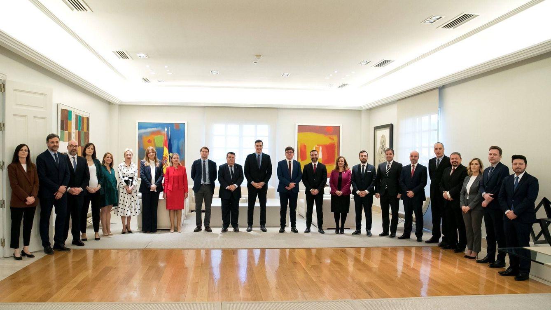 Sánchez suspende en paridad en la Moncloa: solo nueve de 26 altos cargos son mujeres