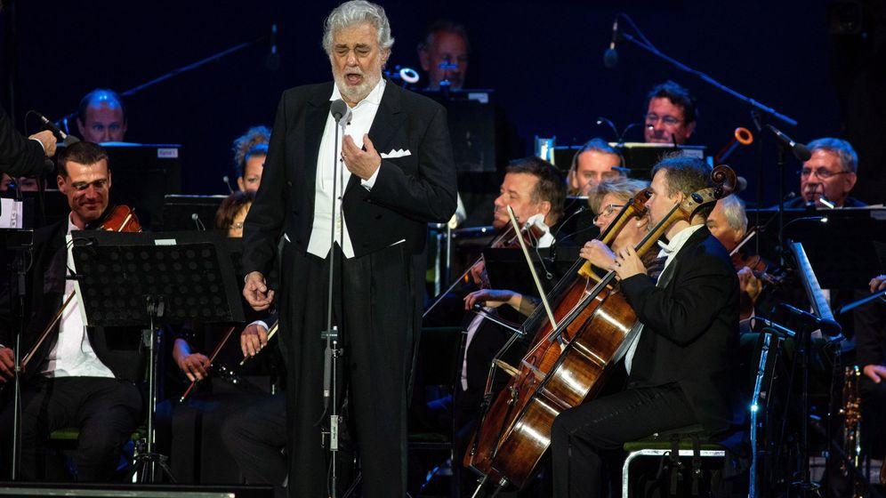 Foto: Plácido domingo canta en Hungría (EFE/Tibor Rosta)