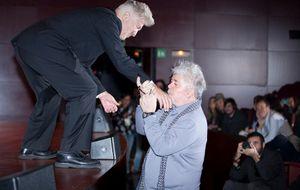 Bienvenido, Míster Lynch! Cineastas y 'modernos' se desviven por el director en Madrid