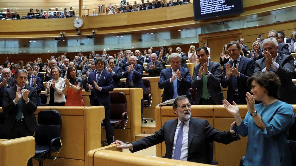 Foto: Ovación a Rajoy en el Senado (REUTERS)
