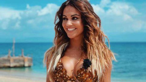 Lara Álvarez pasea su nuevo amor por las playas de Cádiz