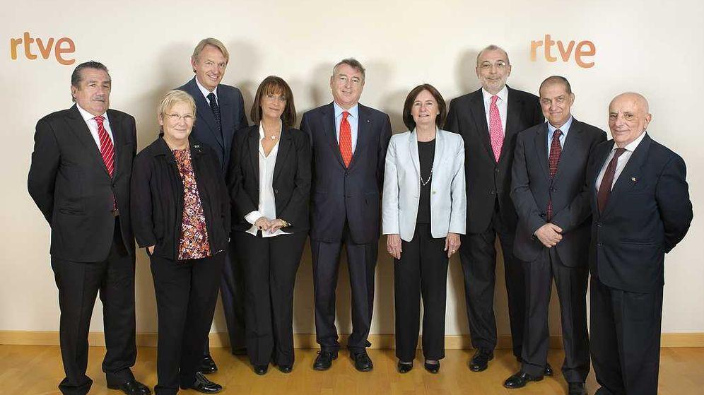 Foto: Foto de la actual composición del consejo de administración de RTVE, con José Antonio Sánchez en el centro. (RTVE)