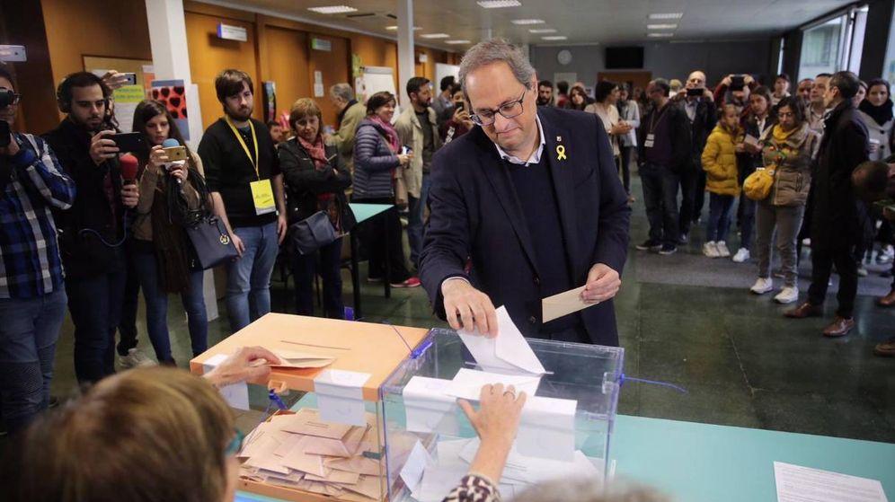 Foto: Quim Torra vota durante las pasadas elecciones del 28 de abril. (Europa Press)