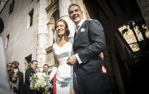 La boda de quien se sentó en el banquillo junto a Francisco Camps
