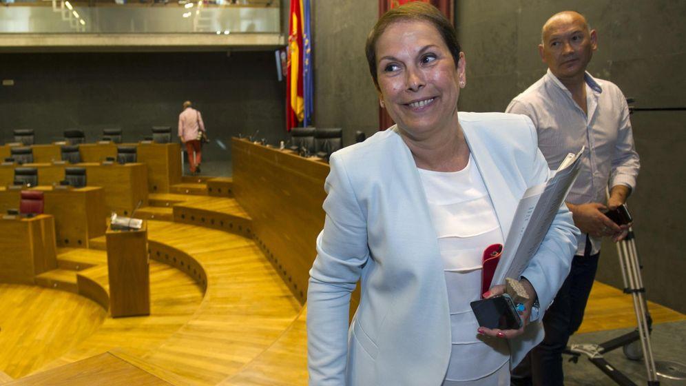 Foto: Uxue Barkos, de Geroa Bai, elegida presidenta del Gobierno de Navarra. (EFE)