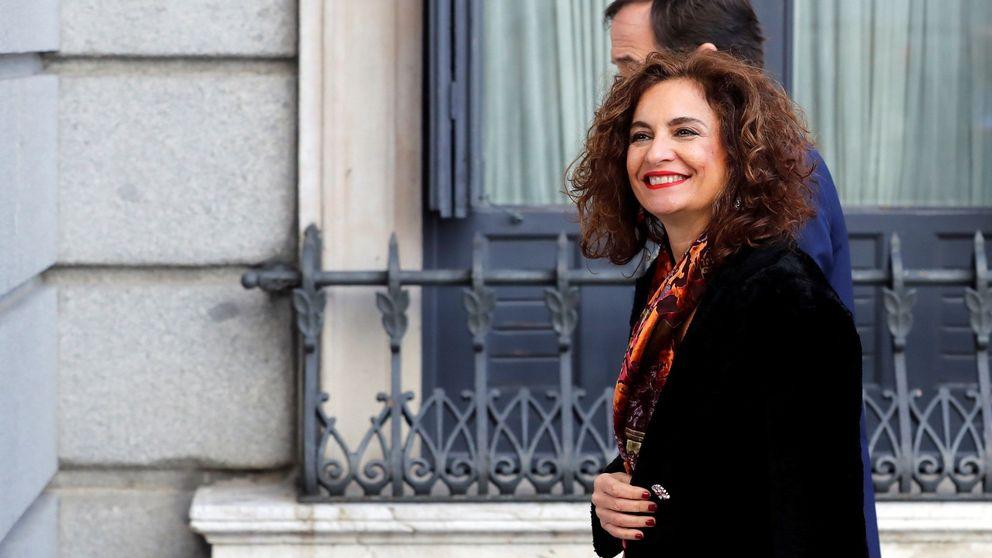 Sánchez hace portavoz a Montero, mantiene a Celaá y Duque y releva a Carcedo y Guirao