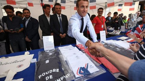 Críticas a Macron por su consejo a un joven en paro: Cruzo la calle y encuentro trabajo