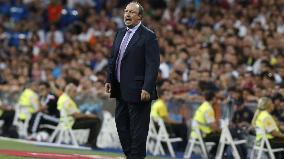 Rafa Benítez descarta el fichaje de un delantero y apuesta por Karim Benzema