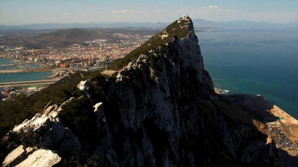 Tiroteo en Algeciras: un conductor trata de atropellar a un policía tras saltarse el control