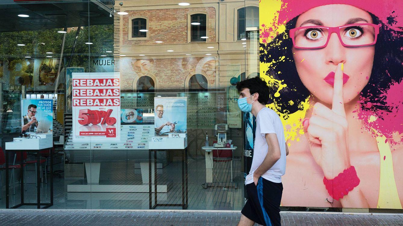 'Rastreadores de covid': Mascarillas en 2022 y restricciones hasta verano