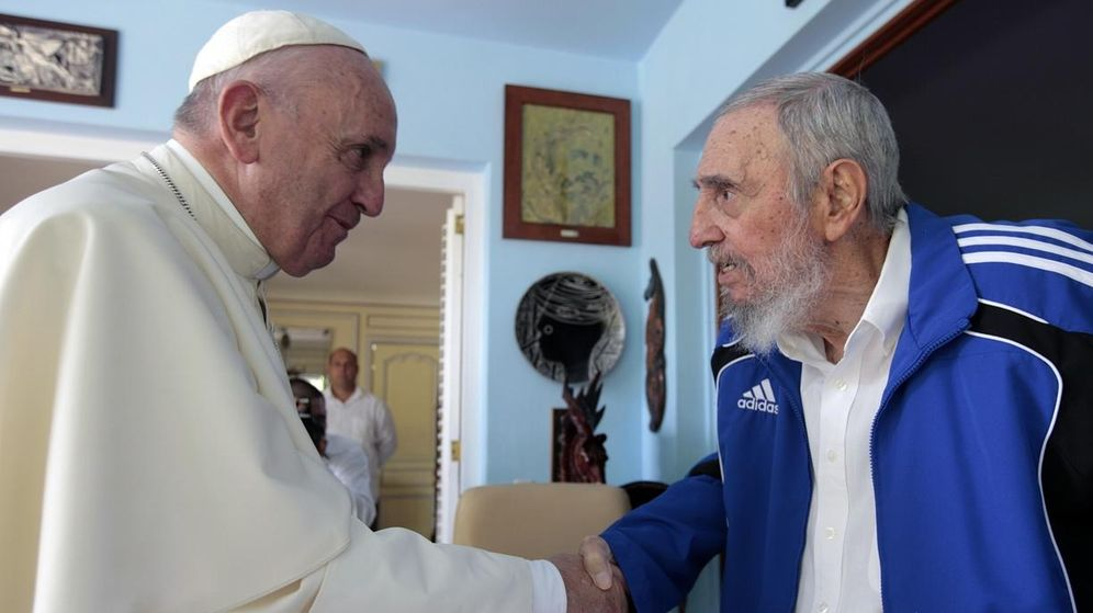 Foto: El Papa Francisco junto a Fidel Castro. (Reuters)