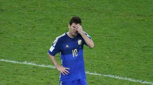 Messi, entre el traspaso y la comparativa con Maradona