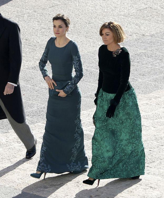 Foto: La Reina y la ministra durante la Pascua Militar (Efe)