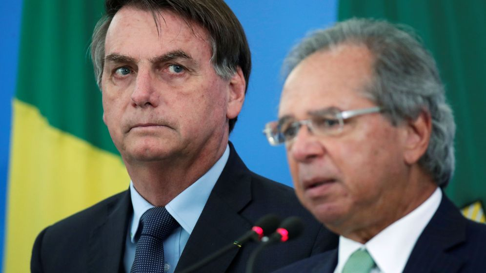 Foto: El presidente de Brasil, Jair Bolsonaro y el ministro de Economía Paulo Guedes (Reuters)
