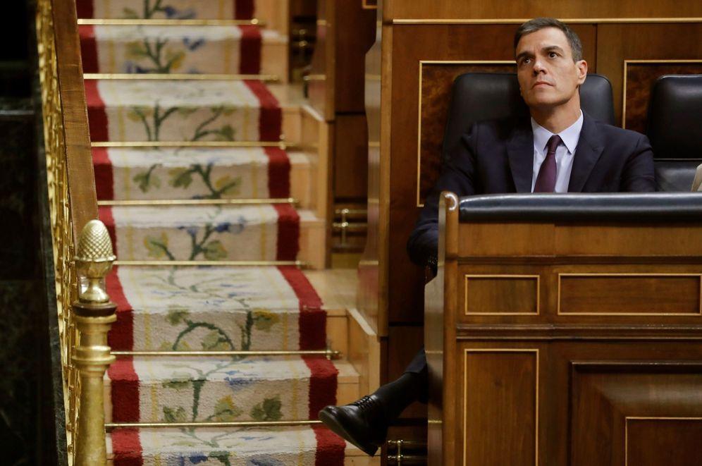 Foto: Pedro Sánchez, el pasado 12 de febrero durante el debate de totalidad de los Presupuestos en el Congreso. (EFE)