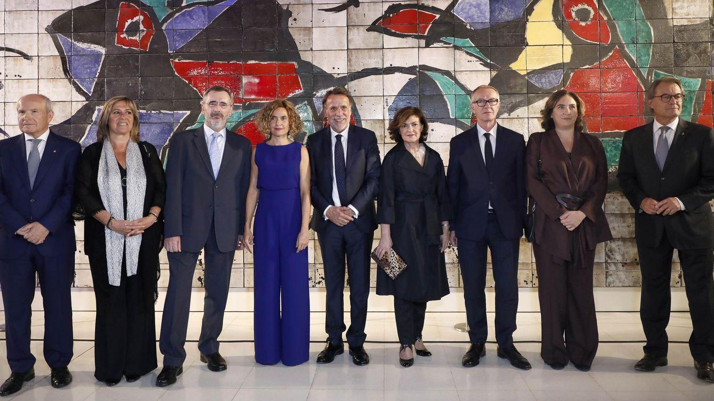 Cava y barricadas con Artur Mas en el Premio Planeta