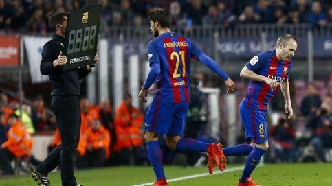 ¿Por qué juega André Gomes? El vestuario del Barcelona no lo entiende