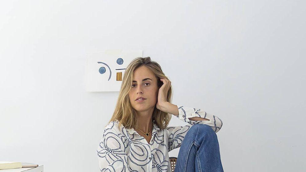 Foto: Berta Bernad posando en su estudio. (Cortesía de Mindlike Studios)