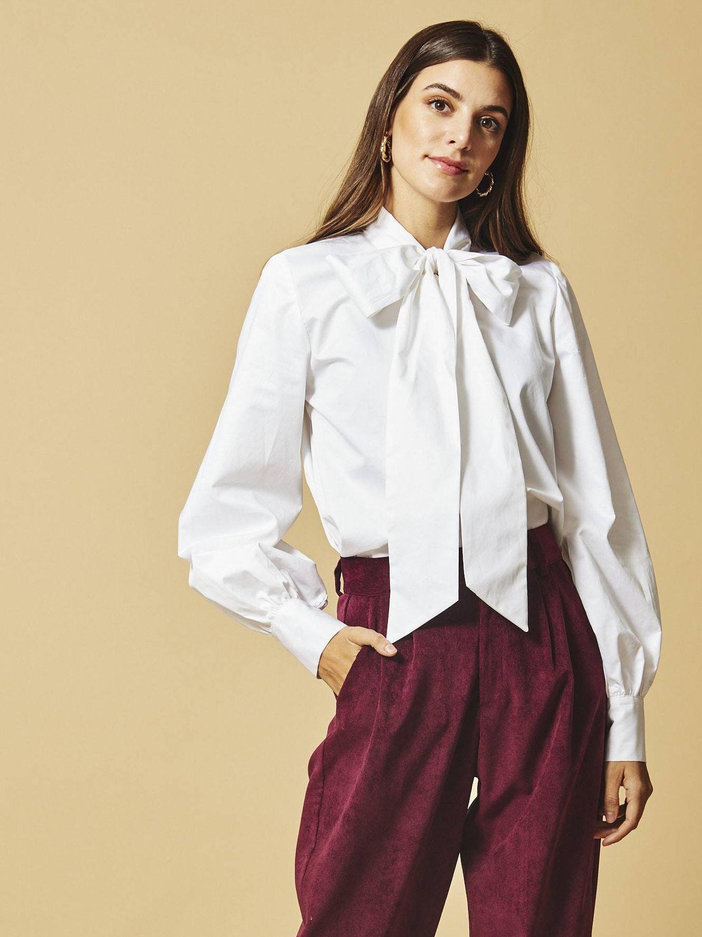 La camisa de Coosy que tiene Nuria Roca. (Cortesía)