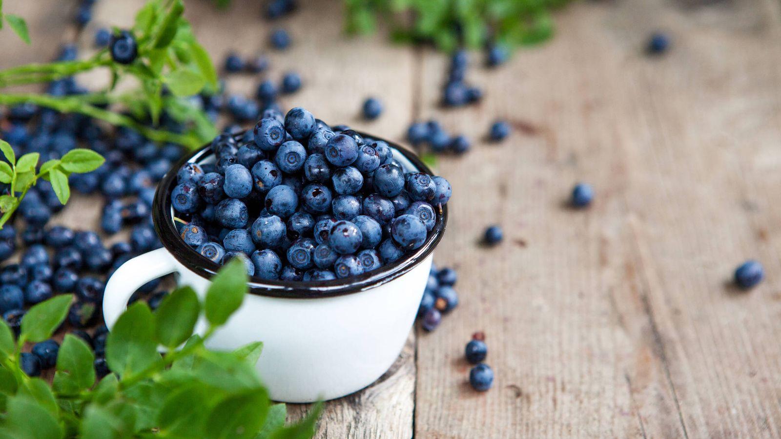 Fruta: Tan solo 150 gramos de arándanos mejoran tu salud cardiovascular