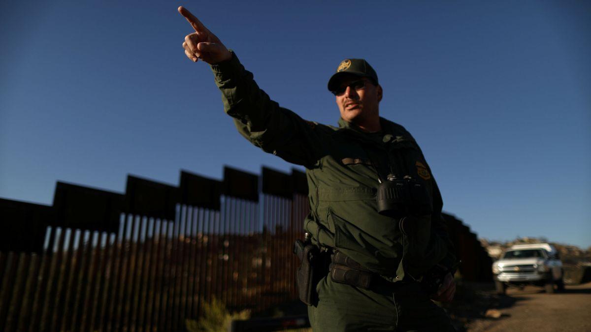 Estados Unidos Eeuu Los Coyotes Han Subido Los Precios Pero La Gente Sigue Cruzando La Frontera