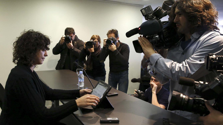 Foto: La eurodiputada de Podemos Tania González, durante su comparecencia. (EFE)