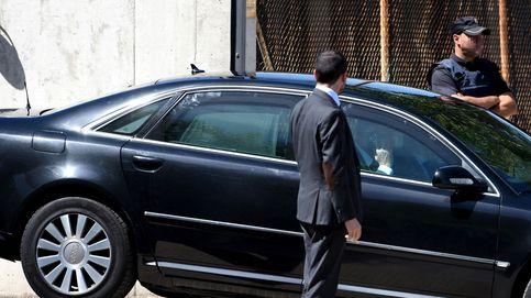 Sin coches oficiales para todos: el Gobierno contrata a 76 conductores y tira de Cabify