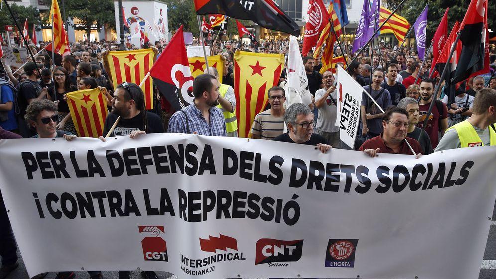 Foto: Imagen de la huelga general y del 'paro del país' del pasado 3 de octubre en Cataluña. (EFE)