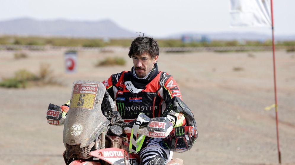 Foto: Joan Barreda se bajó de la moto este miércoles. (Reuters)