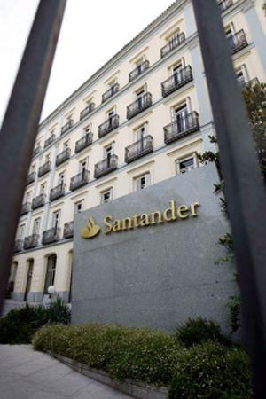 Santander traslada a Irlanda su negocio de seguros para pagar menos impuestos