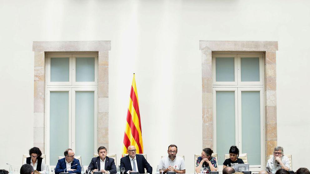 Puigdemont se inventa un referéndum con censo propio y sin mínimo de participación