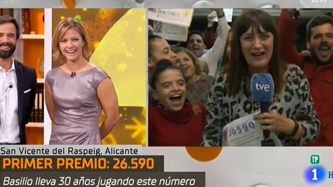 Una reportera de TVE celebra el Gordo y después admite que no le ha tocado