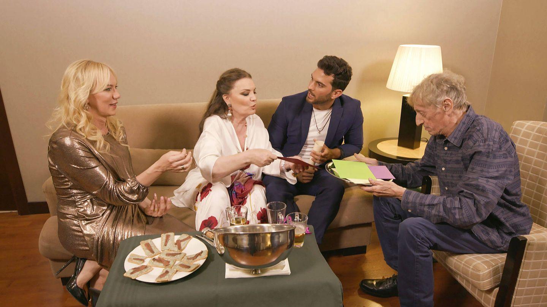 Los protagonistas de 'Ven a cenar conmigo'. (Cuatro)