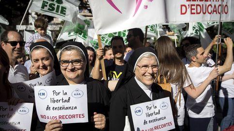 Católica, conservadora y 'obrera': la 'marea blanca' que se ha alzado contra Puig y Oltra