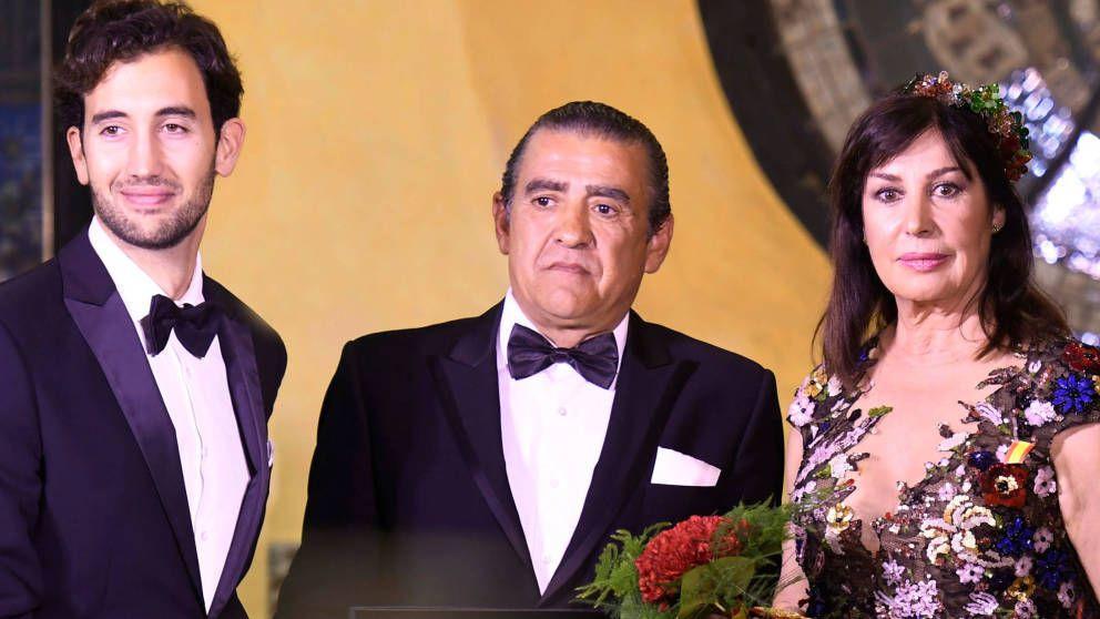 Plantón y cambio de versión de los Franco en su juicio por el expolio a Santiago