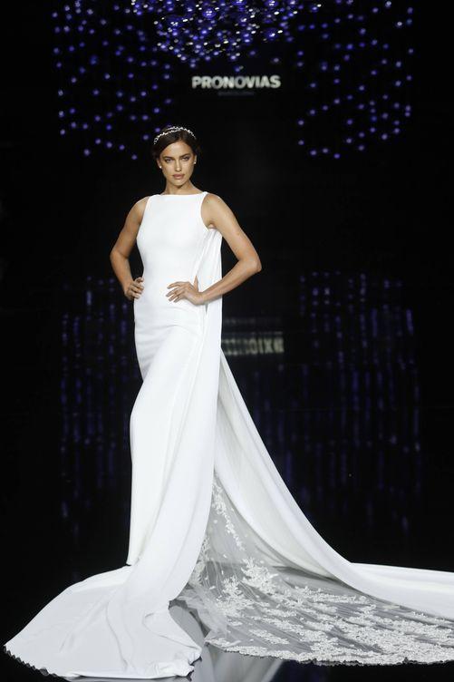 vestidos de boda: las 15 veces que vimos casarse a irina shayk (pero