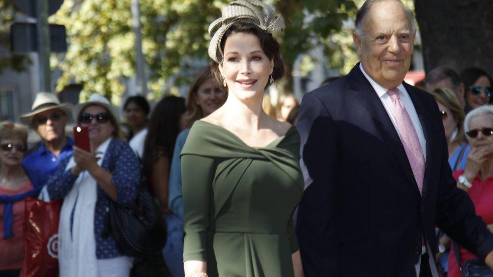 Foto:  Esther Doña y Carlos Falcó, en la boda. (Cordon Press)