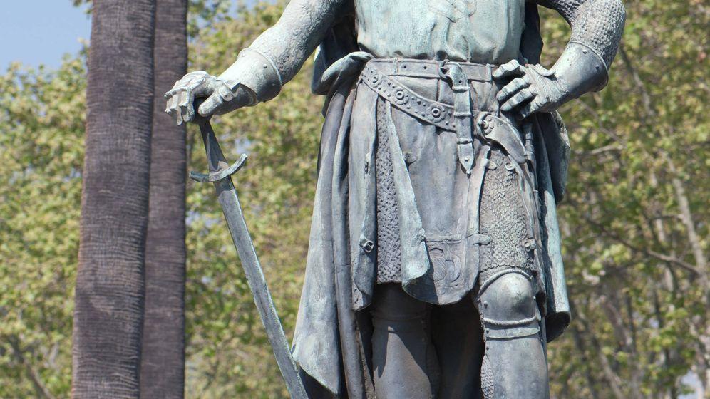 Foto: Estatua de Roger de Lauria en Barcelona. (Wikipedia)
