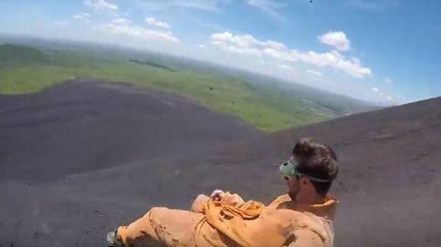 'Volcano boarding': la experiencia de usar la ladera de un volcán como tobogán