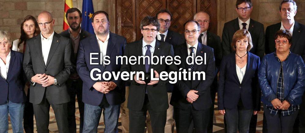 Foto: El Govern elimina a Santi Vila en una foto oficial.