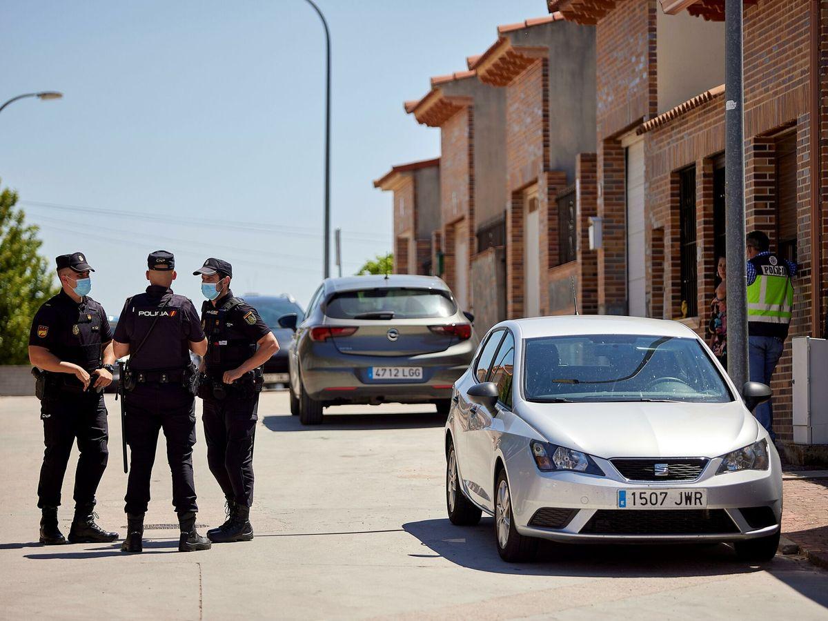 Foto: Policías nacionales en una imagen de archivo. (EFE)