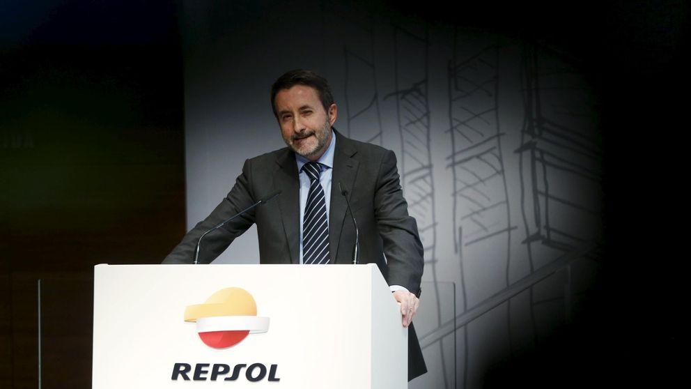 Repsol pone en venta su negocio en Asia y su éolica marina por 4.000 millones